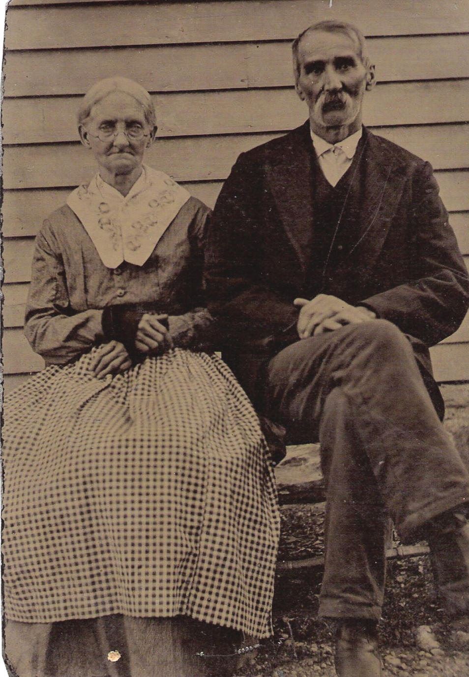Isaac K Follis and Elizabeth Manville of Ross County, Ohio